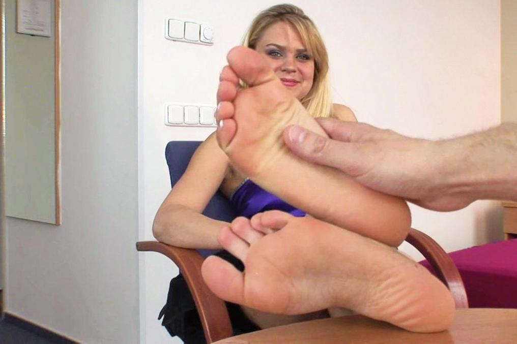 mundspreizer sex foot jobs sex