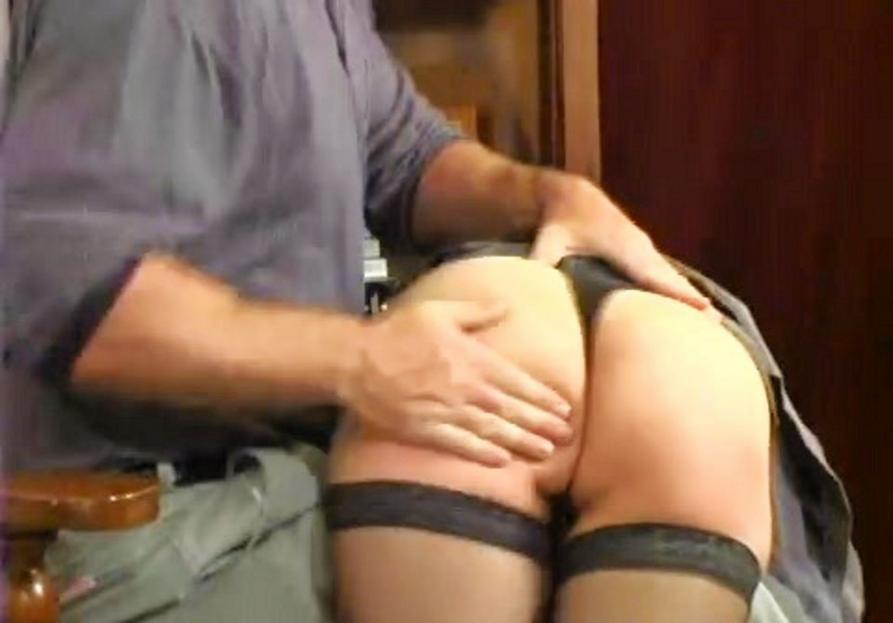 Lara Latex makes slave